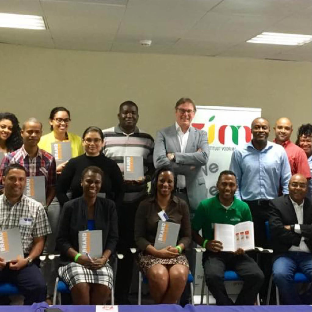 Groepsfoto Suriname Marketing Congres